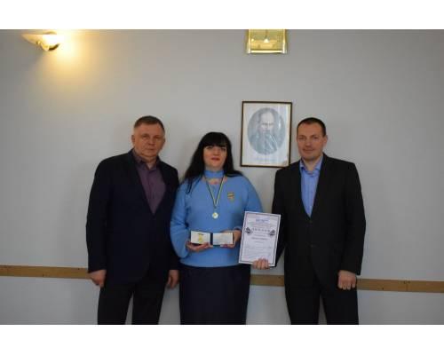 Ларисі Євгеніївні Глущенко присвоєно почесне звання «Заслужений артист естрадного мистецтва України»