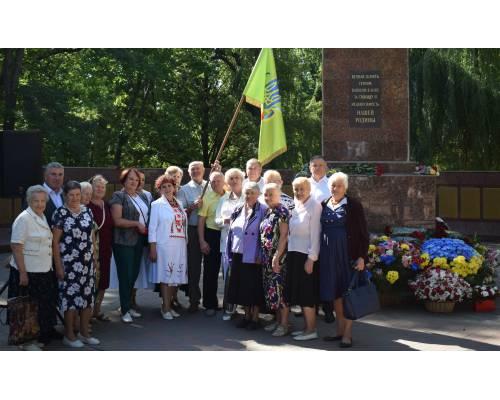 Люботинці вшанували пам'ять своїх земляків і воїнів, які визволяли місто.