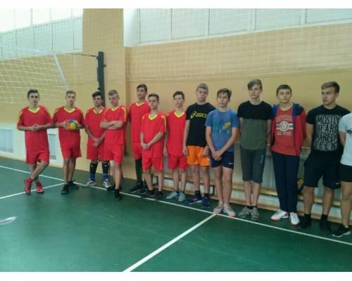 Спортивно – масові змагання з волейболу серед юнаків та дівчат 9 – 11 класів загальноосвітніх закладів міста