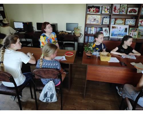 У читальній залі Люботинської публічної бібліотеки пройшов майстер-клас