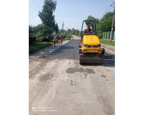 Проведено поточний ремонт чергової ділянки дороги по вулиці Полтавський шлях.